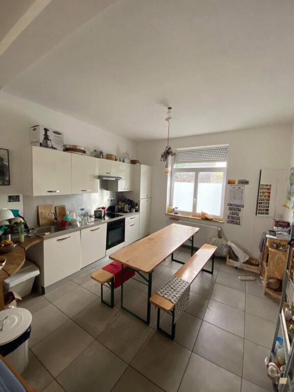 Maison à vendre 5 147m2 à Lille vignette-2