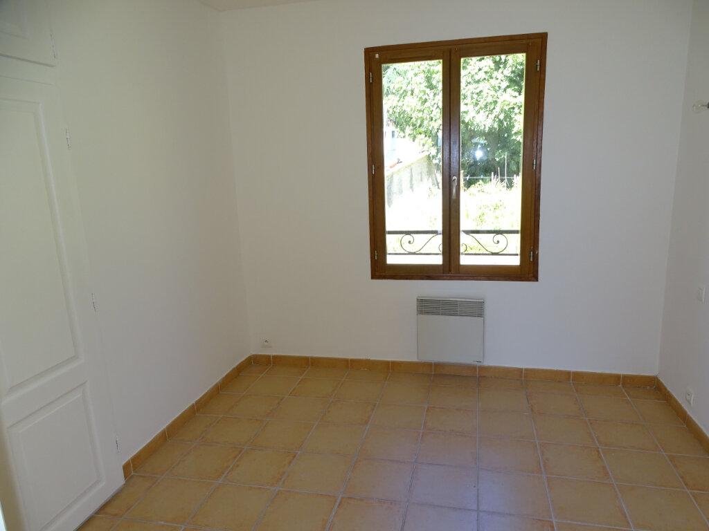 Appartement à louer 4 82m2 à Cadenet vignette-5