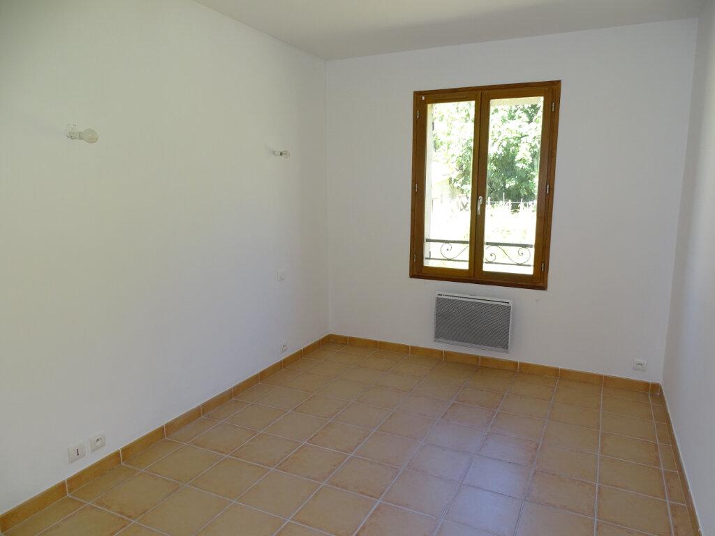 Appartement à louer 4 82m2 à Cadenet vignette-6