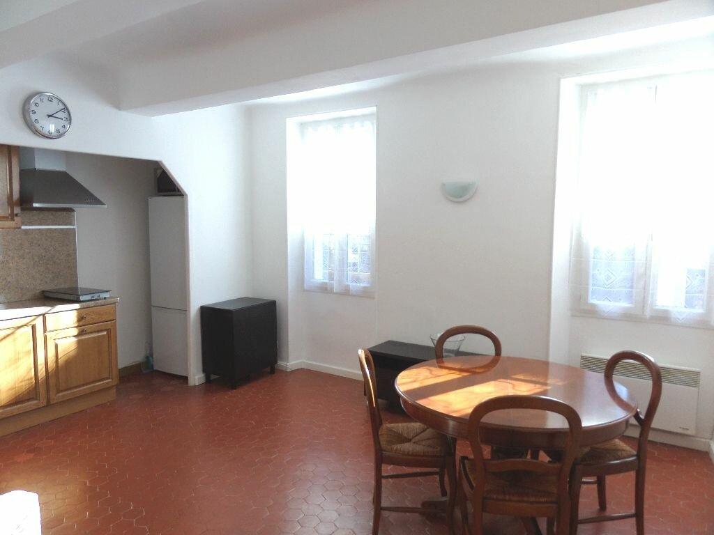 Appartement à louer 2 40m2 à Le Puy-Sainte-Réparade vignette-4