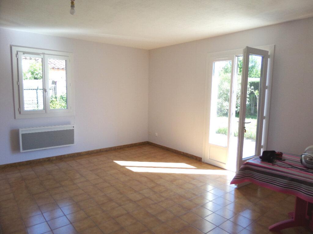 Maison à louer 3 73m2 à Le Puy-Sainte-Réparade vignette-3