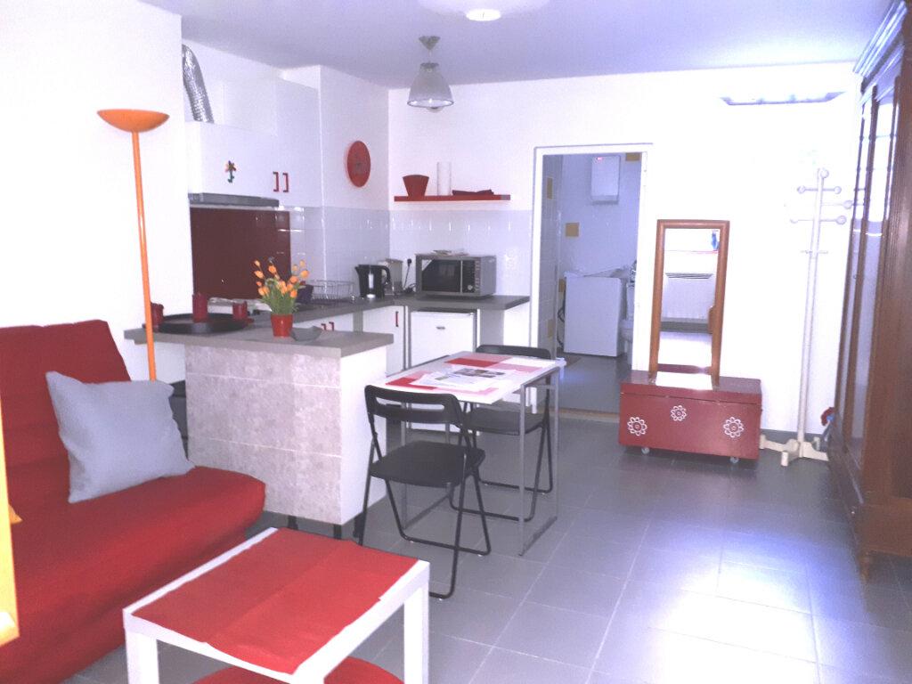 Appartement à vendre 1 22.12m2 à Vaugines vignette-2