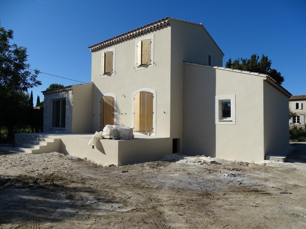 Maison à louer 3 80m2 à Cadenet vignette-1