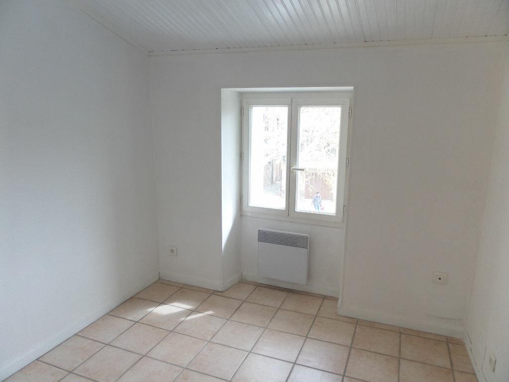 Appartement à louer 4 68m2 à Cadenet vignette-5