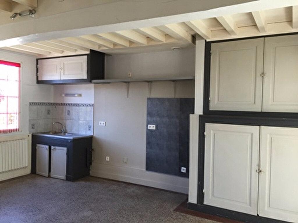 Maison à louer 5 108m2 à Thiescourt vignette-4