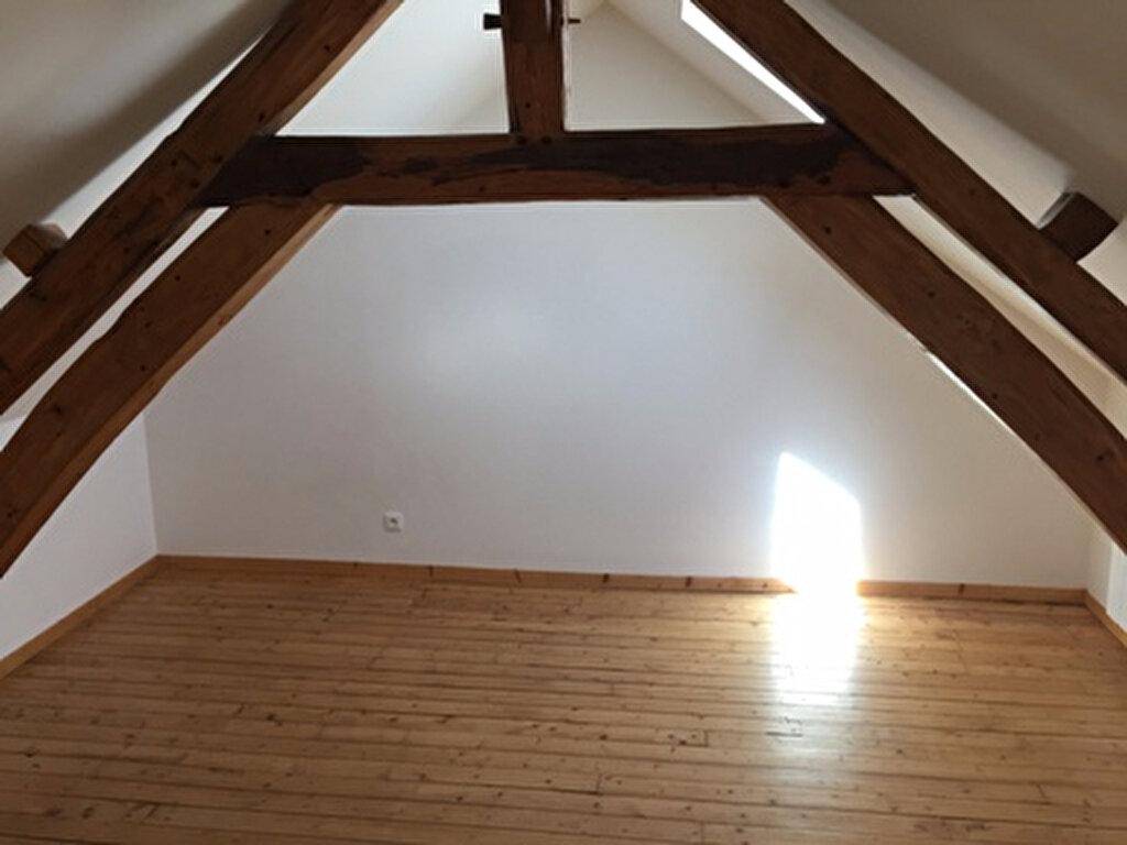Maison à louer 5 108m2 à Thiescourt vignette-8