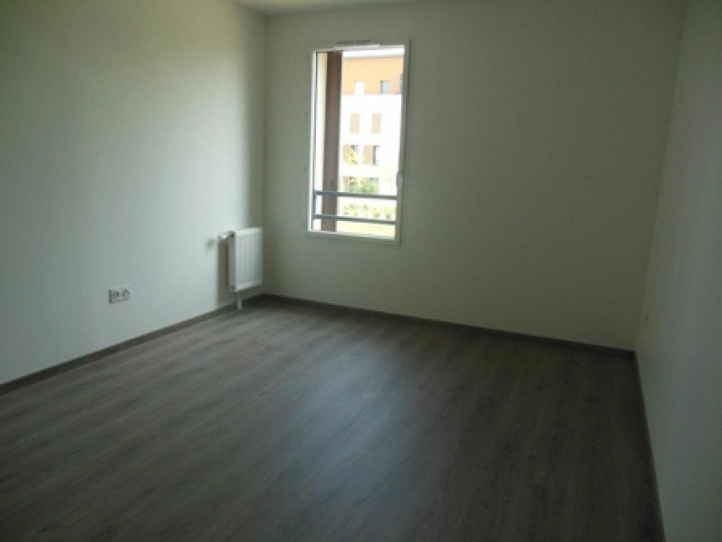 Appartement à louer 2 50m2 à Compiègne vignette-5