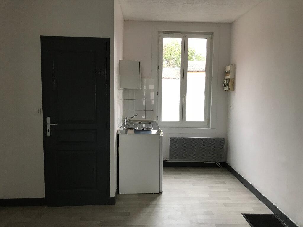 Appartement à louer 2 23.78m2 à Roye vignette-2