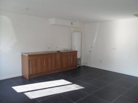 Appartement à louer 3 59.44m2 à Râches vignette-2