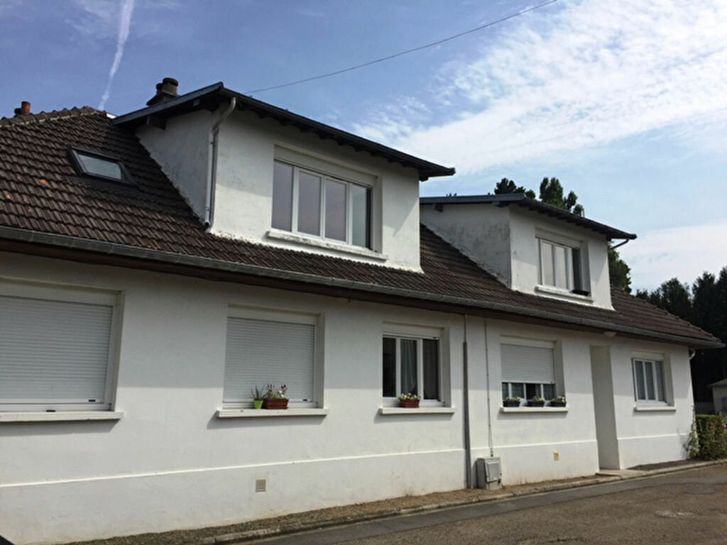 Appartement à louer 1 28.07m2 à Vic-sur-Aisne vignette-1