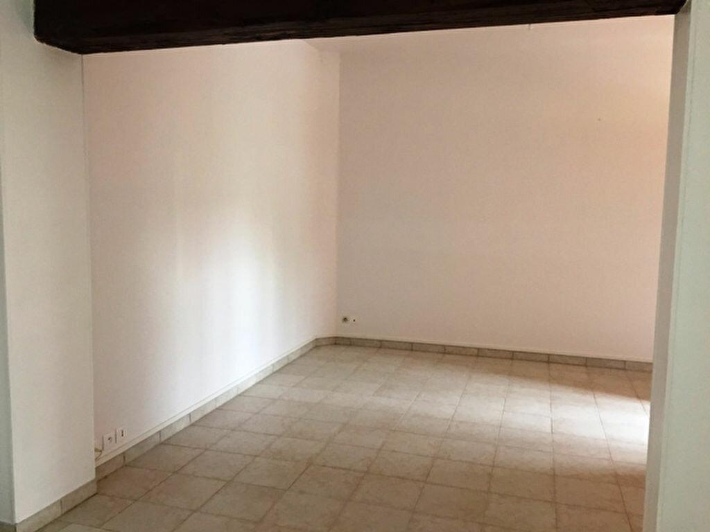 Appartement à louer 3 56m2 à Lassigny vignette-1