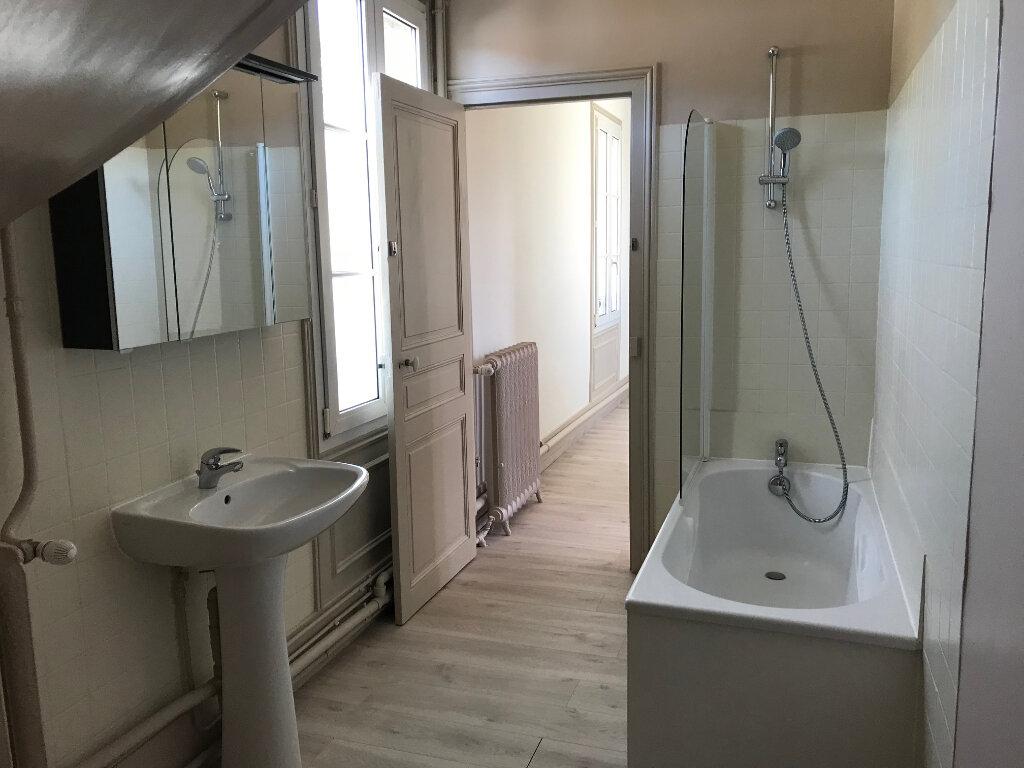 Appartement à louer 3 88.59m2 à Ribécourt-Dreslincourt vignette-5