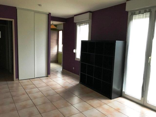 Appartement à louer 1 29m2 à Cambronne-lès-Ribécourt vignette-4