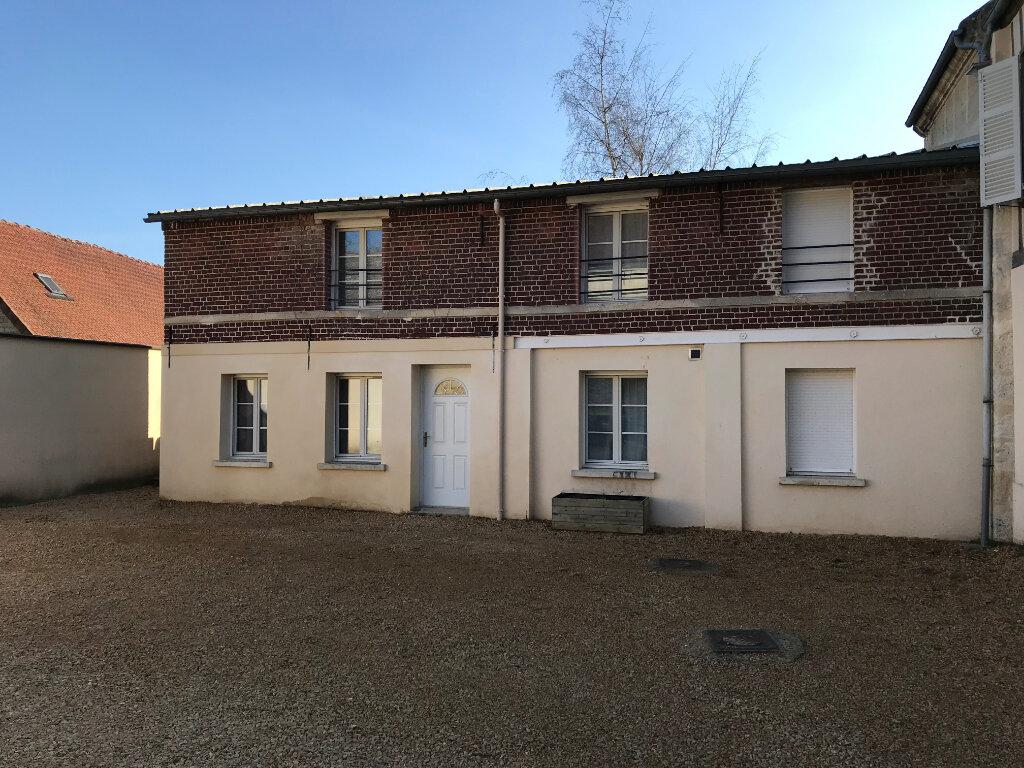 Appartement à louer 3 59.07m2 à Monchy-Humières vignette-1