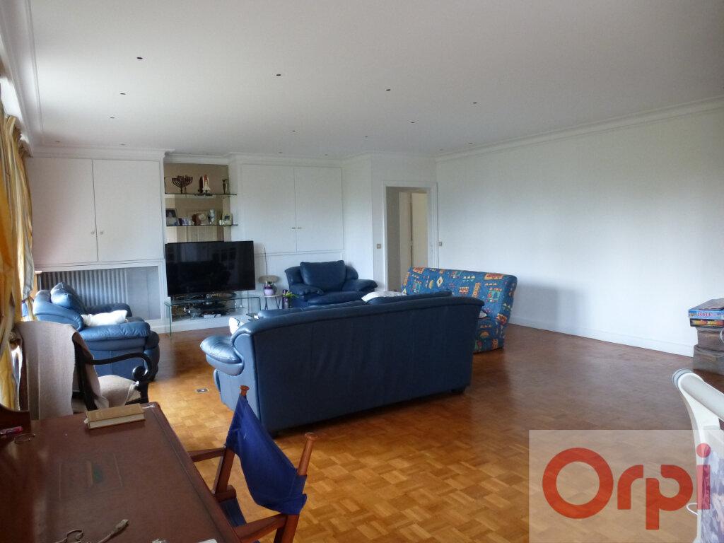 Appartement à vendre 5 156.02m2 à Chantilly vignette-5