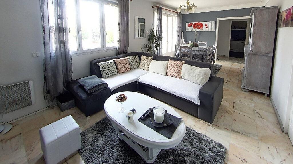 Appartement à vendre 4 88.7m2 à Domont vignette-3