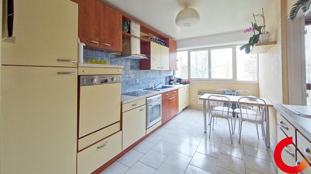 Appartement à vendre 5 104m2 à Ézanville vignette-4