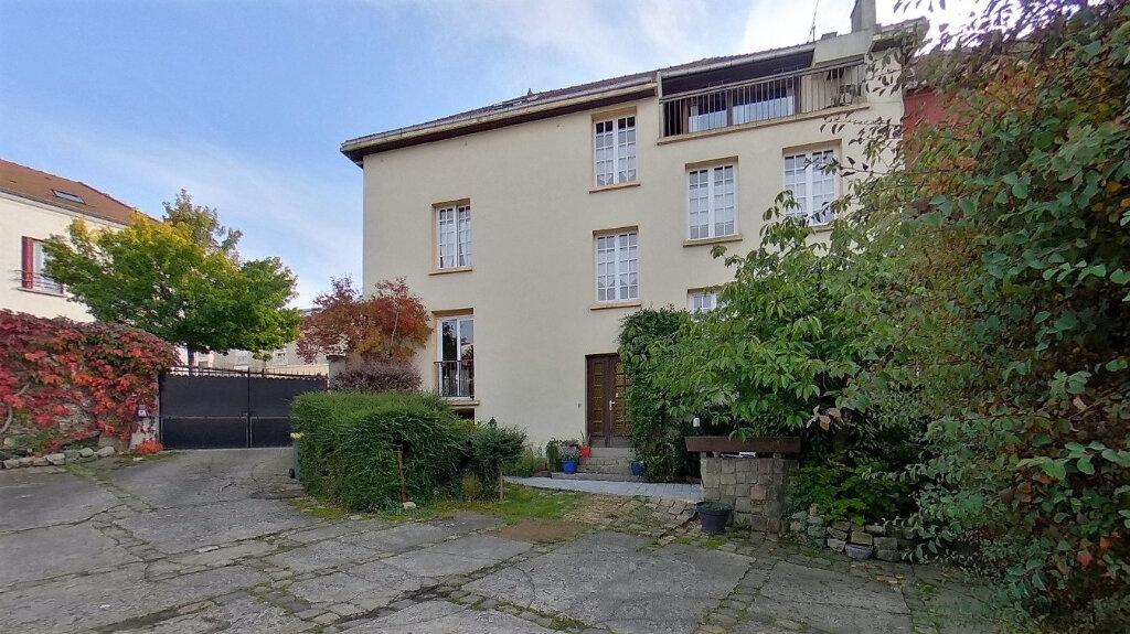 Maison à vendre 8 210m2 à Domont vignette-2