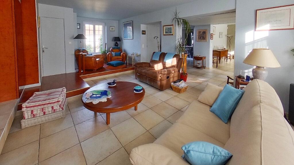 Maison à vendre 8 210m2 à Domont vignette-4