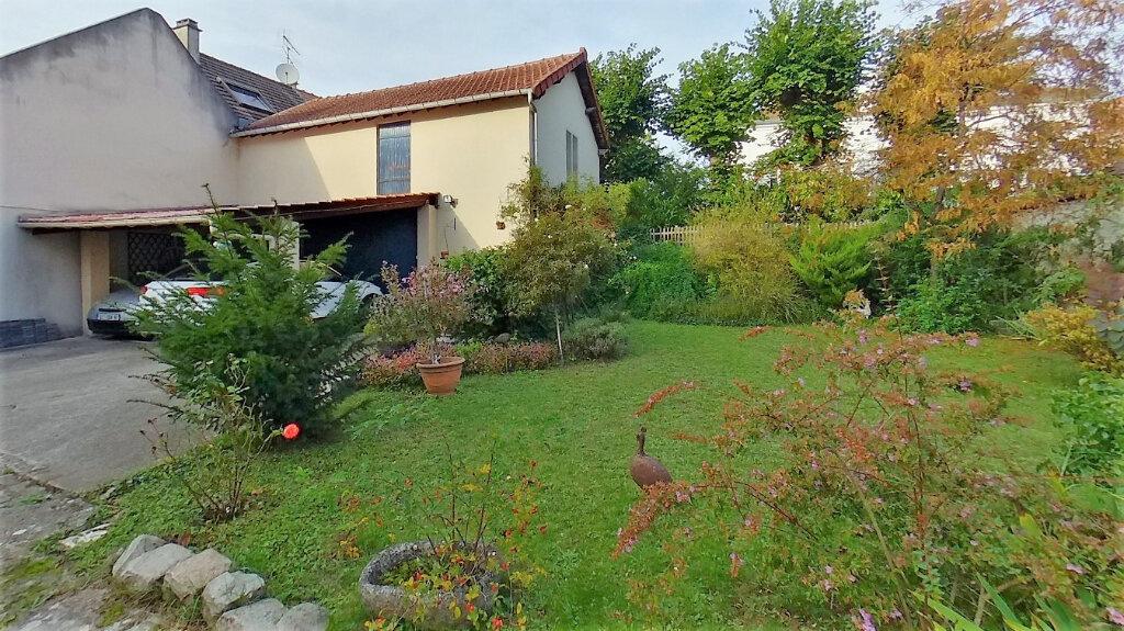 Maison à vendre 8 210m2 à Domont vignette-16