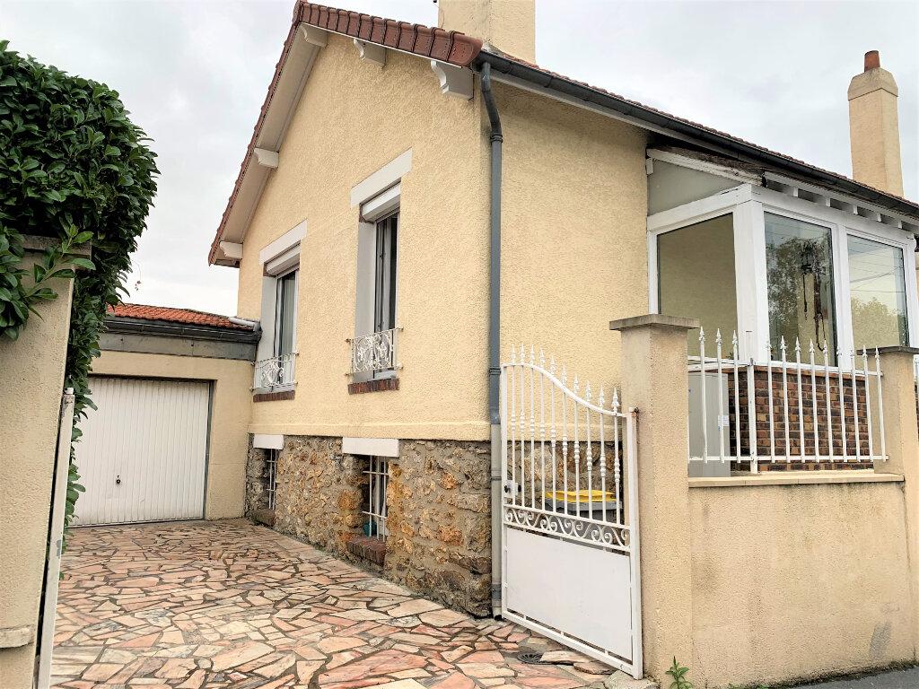 Maison à vendre 4 91m2 à Saint-Brice-sous-Forêt vignette-1