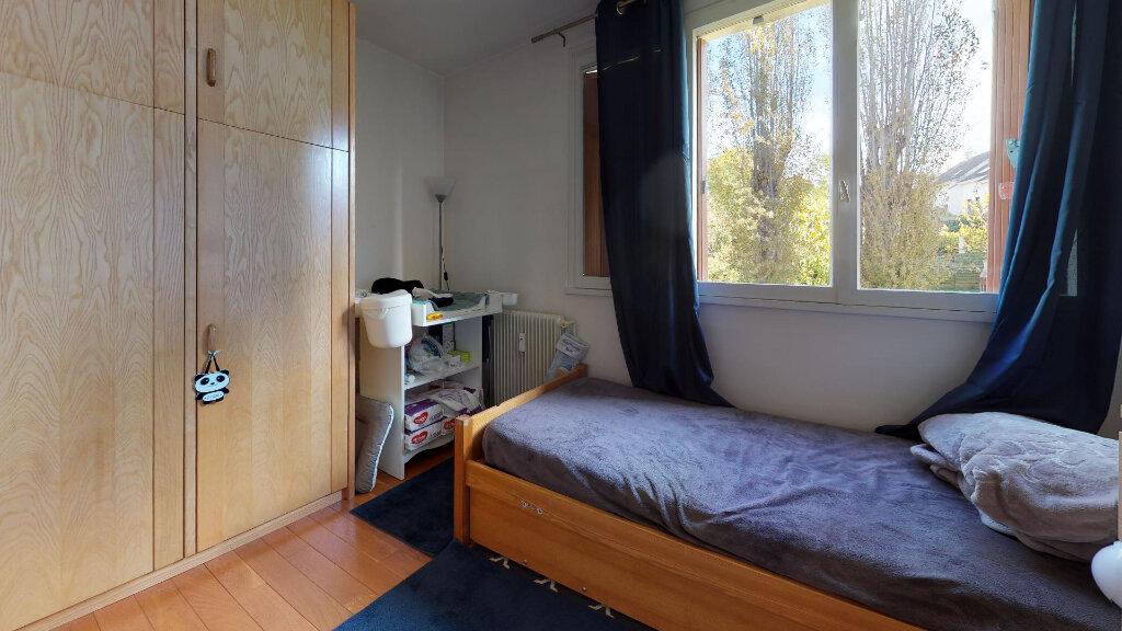 Appartement à vendre 4 78.79m2 à Domont vignette-3