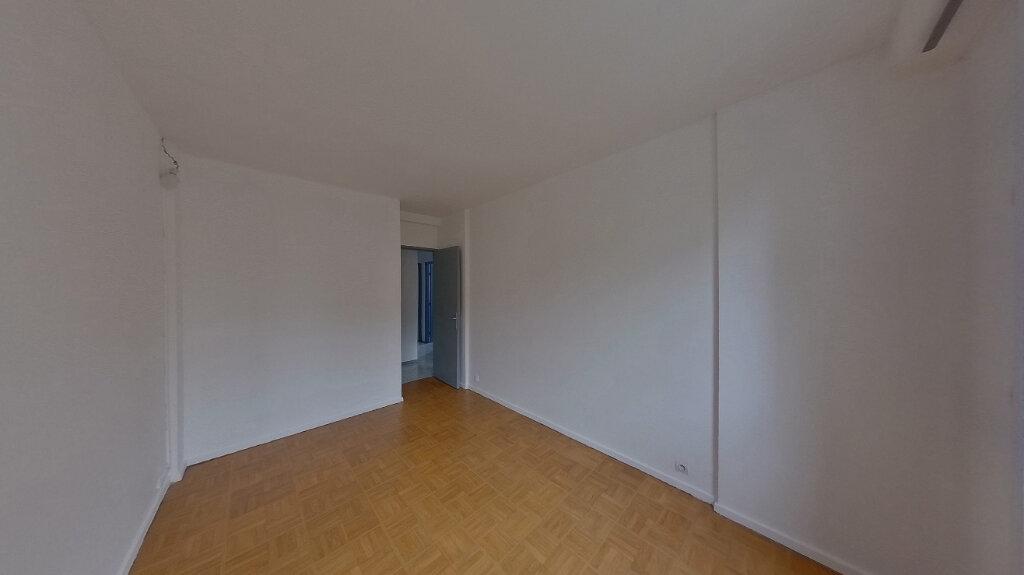 Appartement à louer 4 78.04m2 à Saint-Gratien vignette-8
