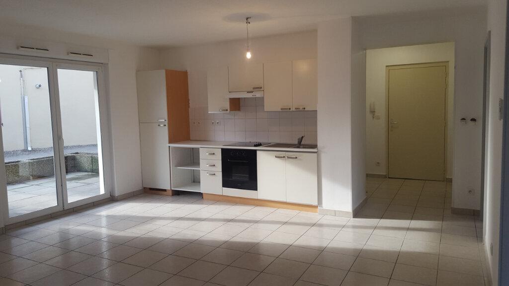 Appartement à louer 3 64.58m2 à Buhl vignette-1