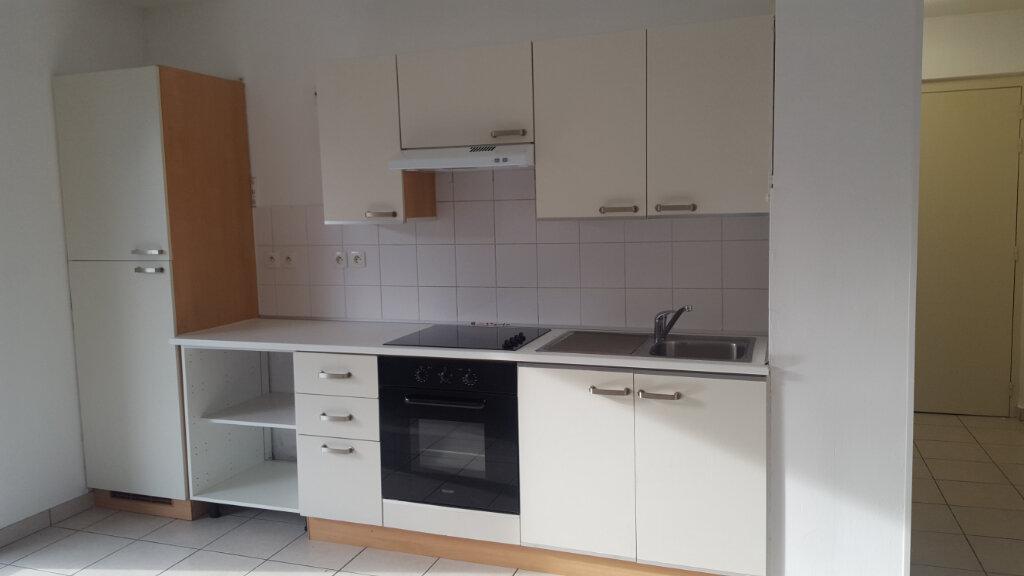 Appartement à louer 3 64.58m2 à Buhl vignette-2