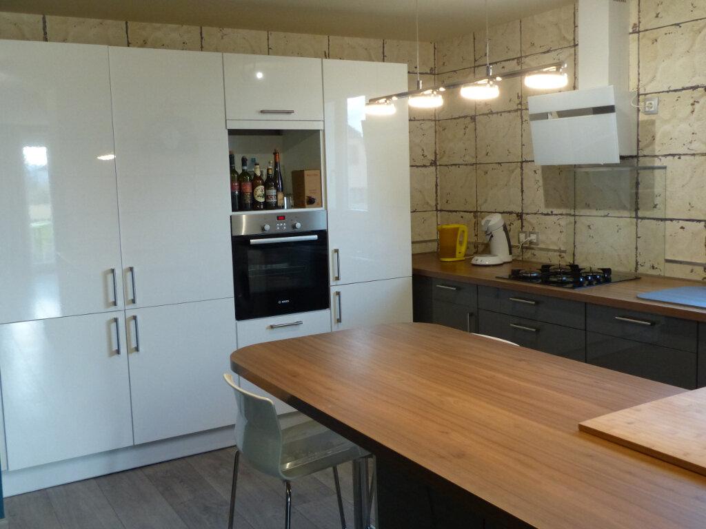 Appartement à louer 3 57m2 à Kingersheim vignette-2