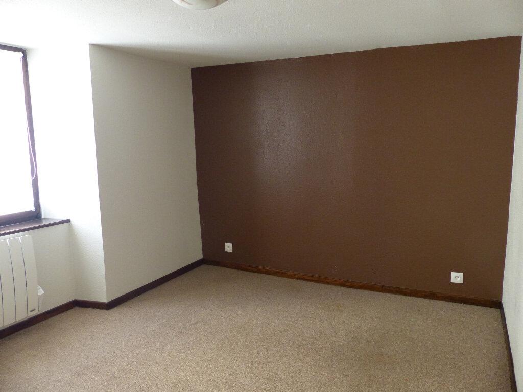 Appartement à louer 2 40m2 à Ensisheim vignette-4