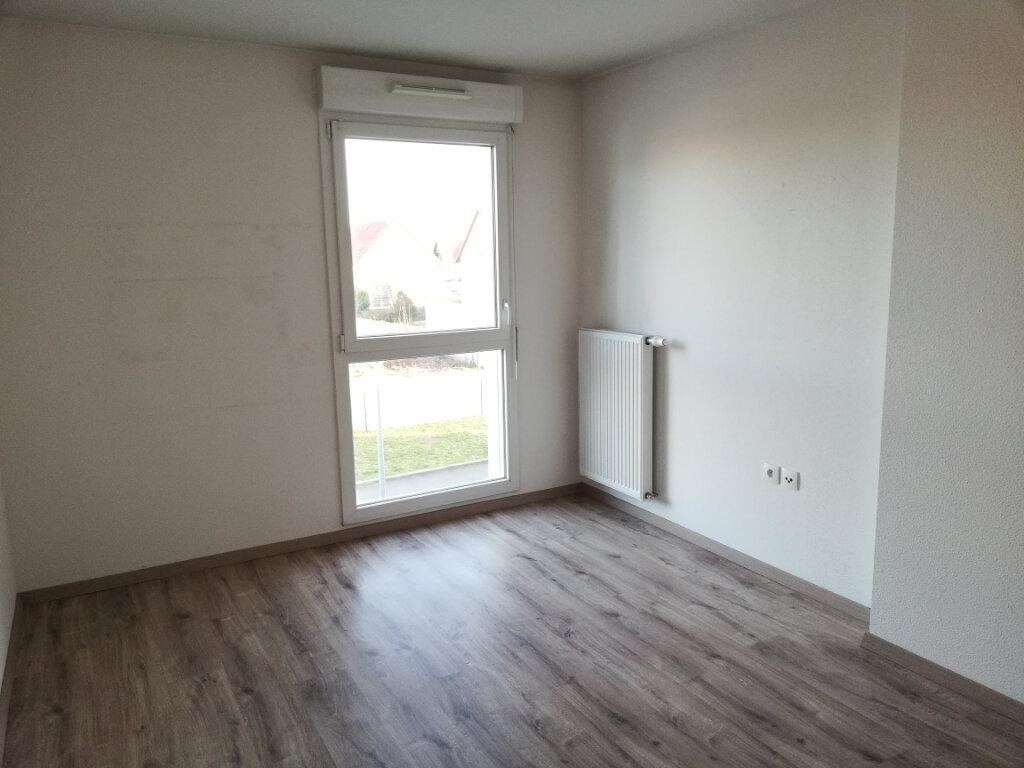 Appartement à louer 3 68.42m2 à Wittelsheim vignette-5