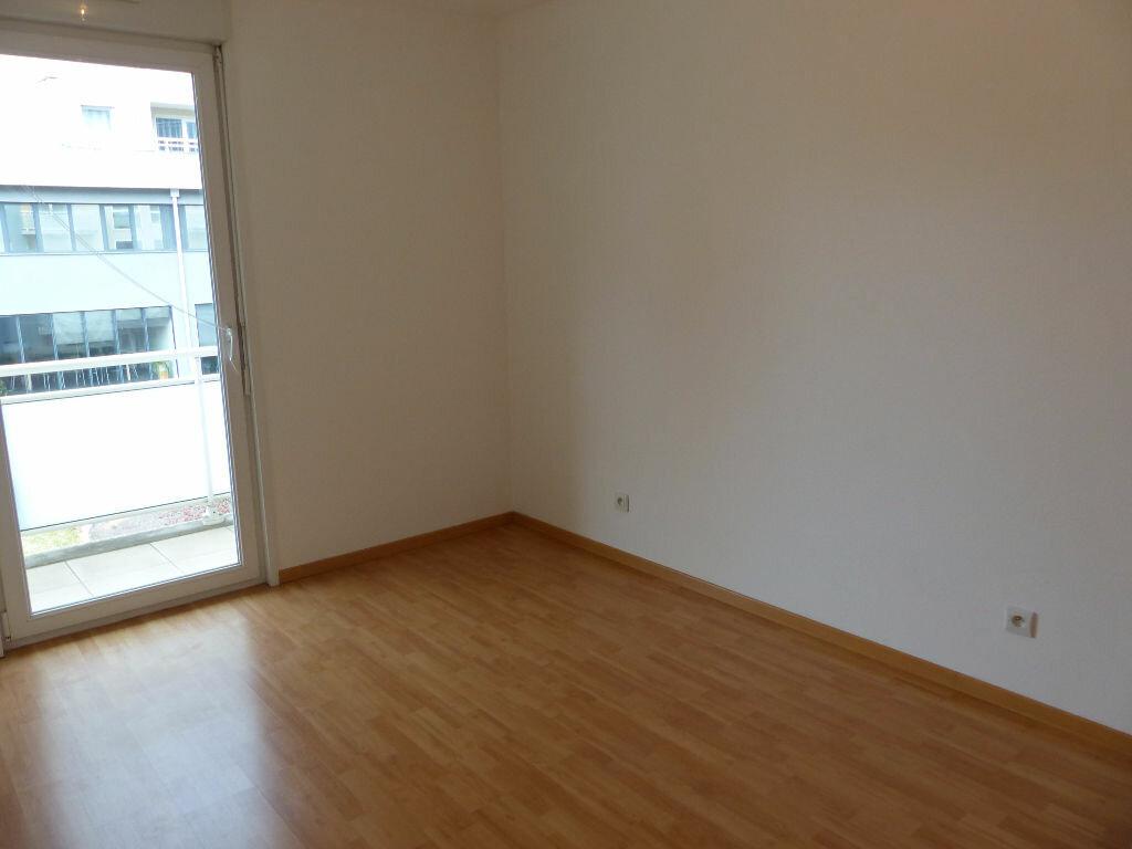 Appartement à louer 5 127m2 à Mulhouse vignette-7