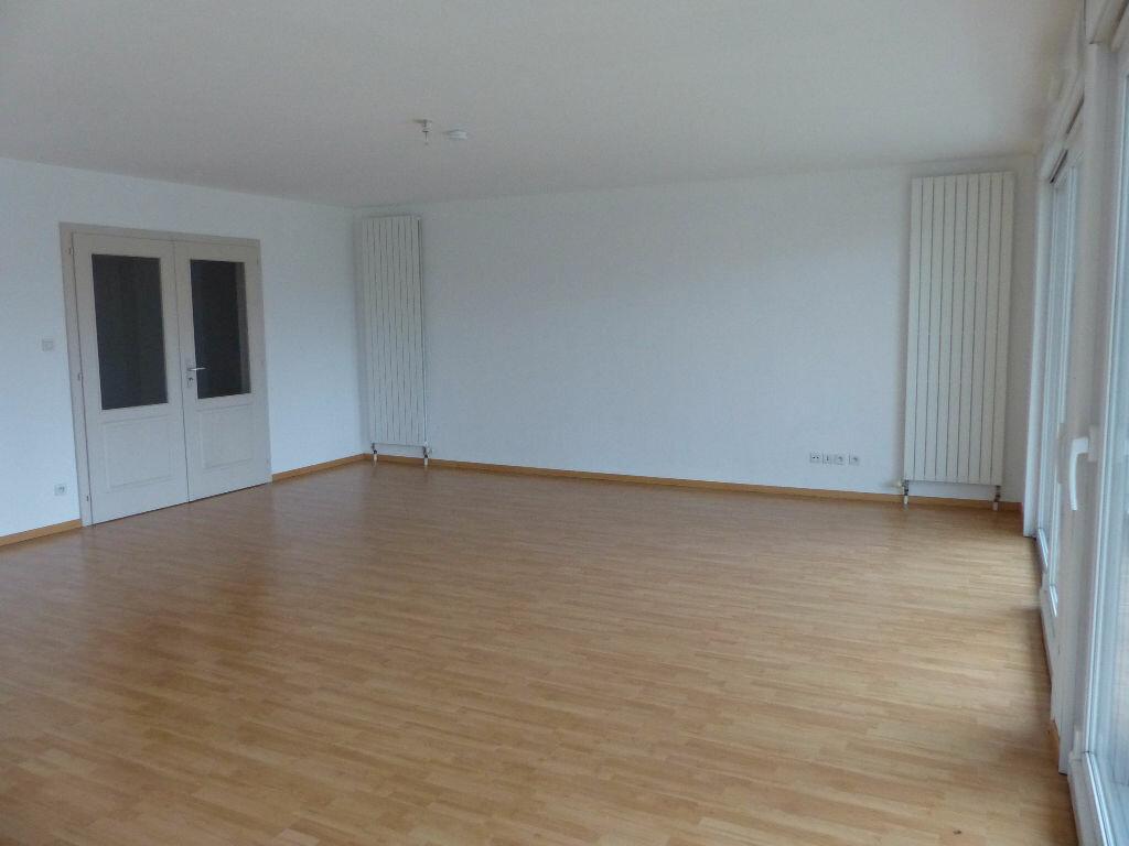 Appartement à louer 5 127m2 à Mulhouse vignette-9