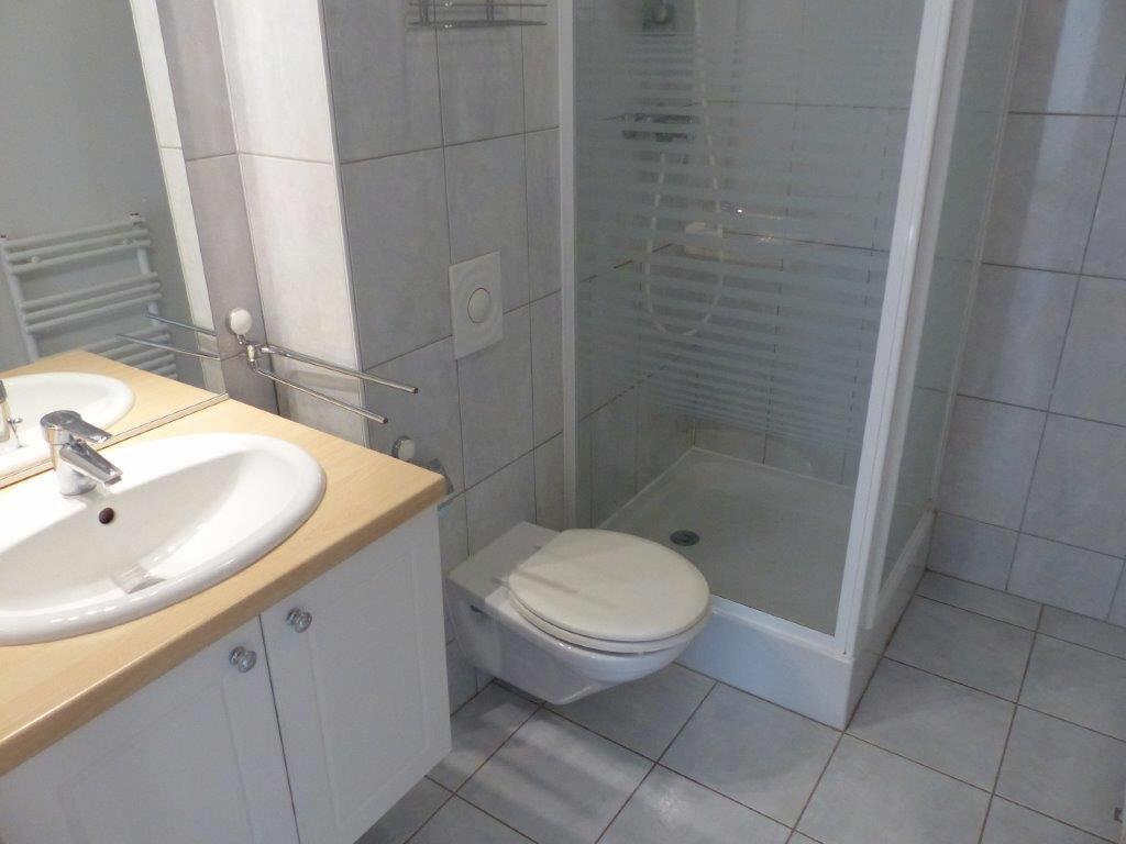 Appartement à louer 5 127m2 à Mulhouse vignette-10