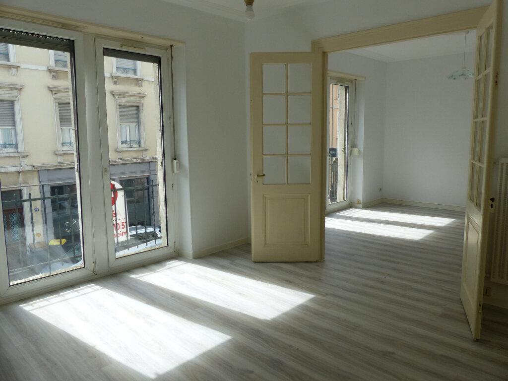 Appartement à louer 3 68m2 à Mulhouse vignette-1