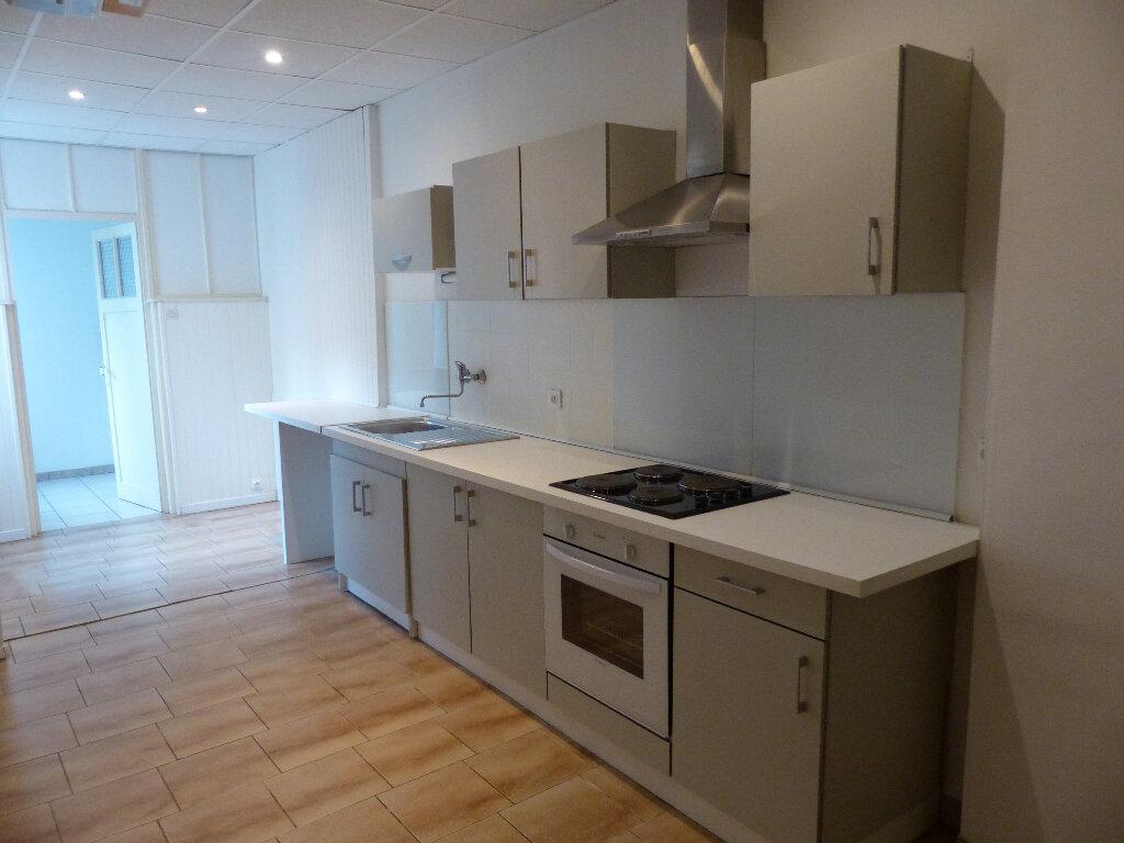 Appartement à louer 3 68m2 à Mulhouse vignette-2