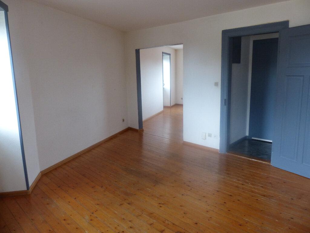 Appartement à louer 3 63m2 à Kingersheim vignette-2