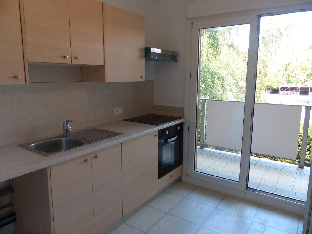 Appartement à louer 2 59.4m2 à Rixheim vignette-2