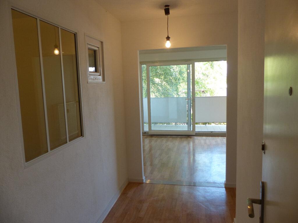 Appartement à louer 2 59.4m2 à Rixheim vignette-6