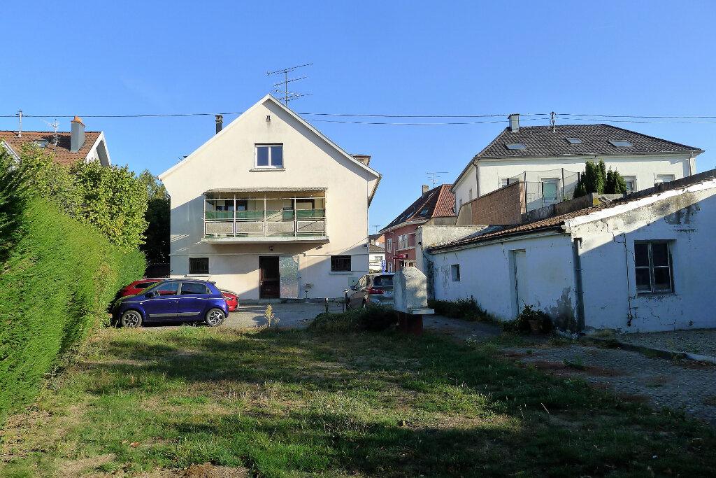 Immeuble à vendre 0 290m2 à Lutterbach vignette-2