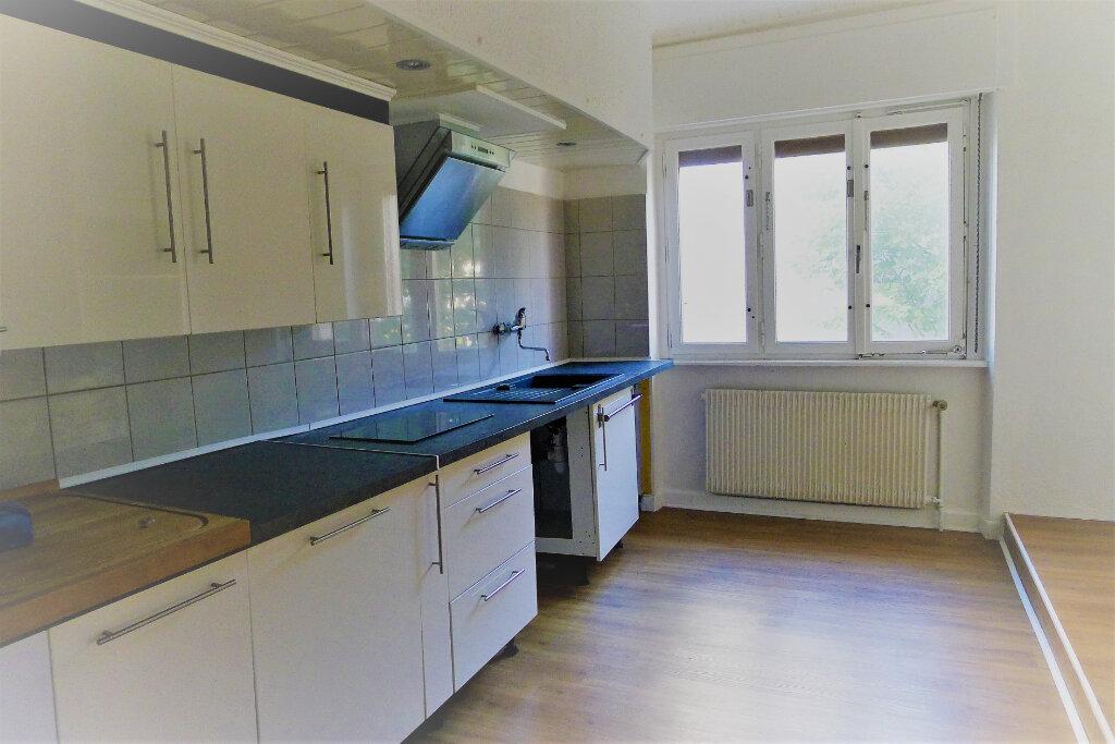 Immeuble à vendre 0 290m2 à Lutterbach vignette-9