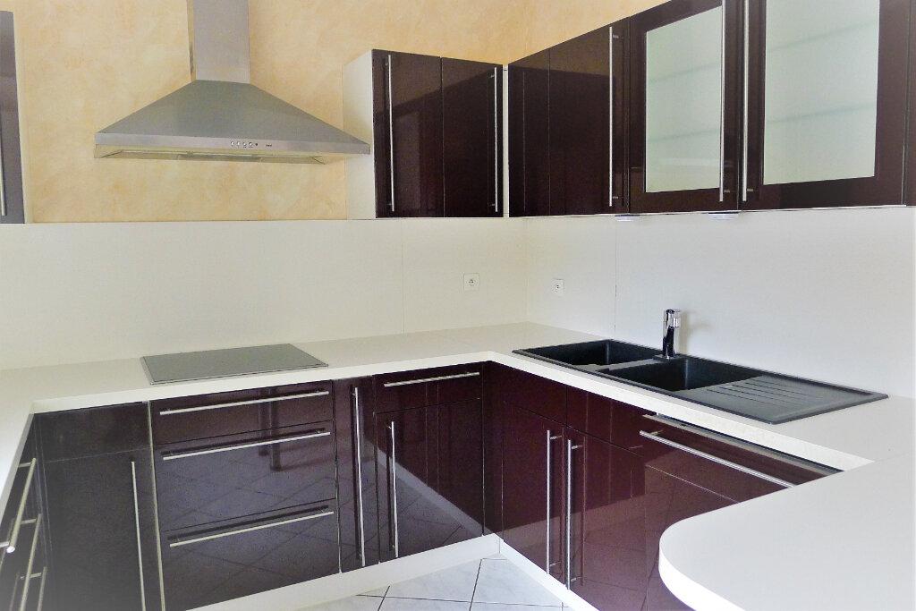 Appartement à vendre 4 85.6m2 à Mulhouse vignette-4