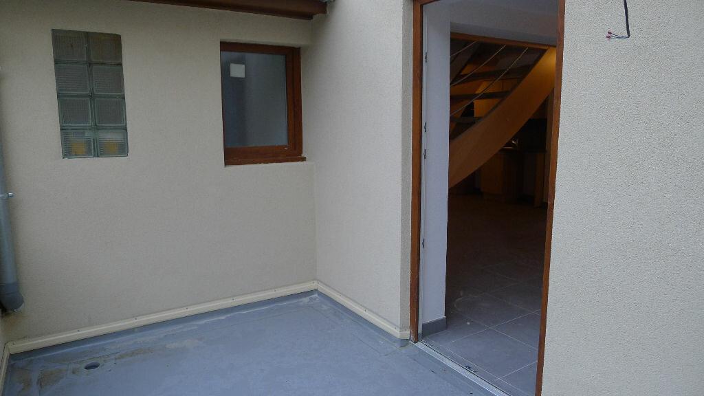 Appartement à louer 3 57.3m2 à Guebwiller vignette-4