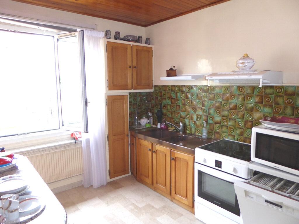Maison à vendre 5 145m2 à Champigny-sur-Marne vignette-6