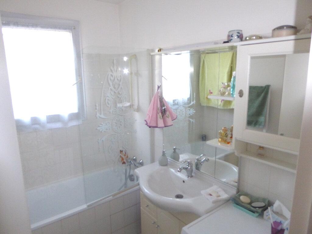 Appartement à vendre 2 53m2 à Clermont-Ferrand vignette-5