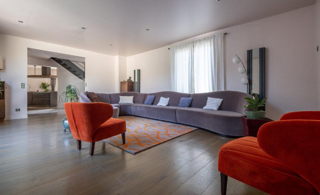 Maison à vendre 7 160m2 à Champigny-sur-Marne vignette-4