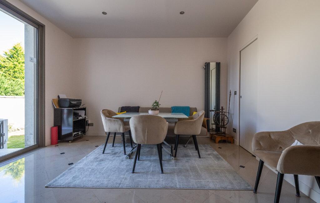 Maison à vendre 7 160m2 à Champigny-sur-Marne vignette-5