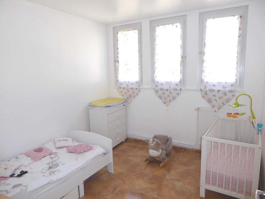 Appartement à vendre 5 95m2 à Champigny-sur-Marne vignette-1
