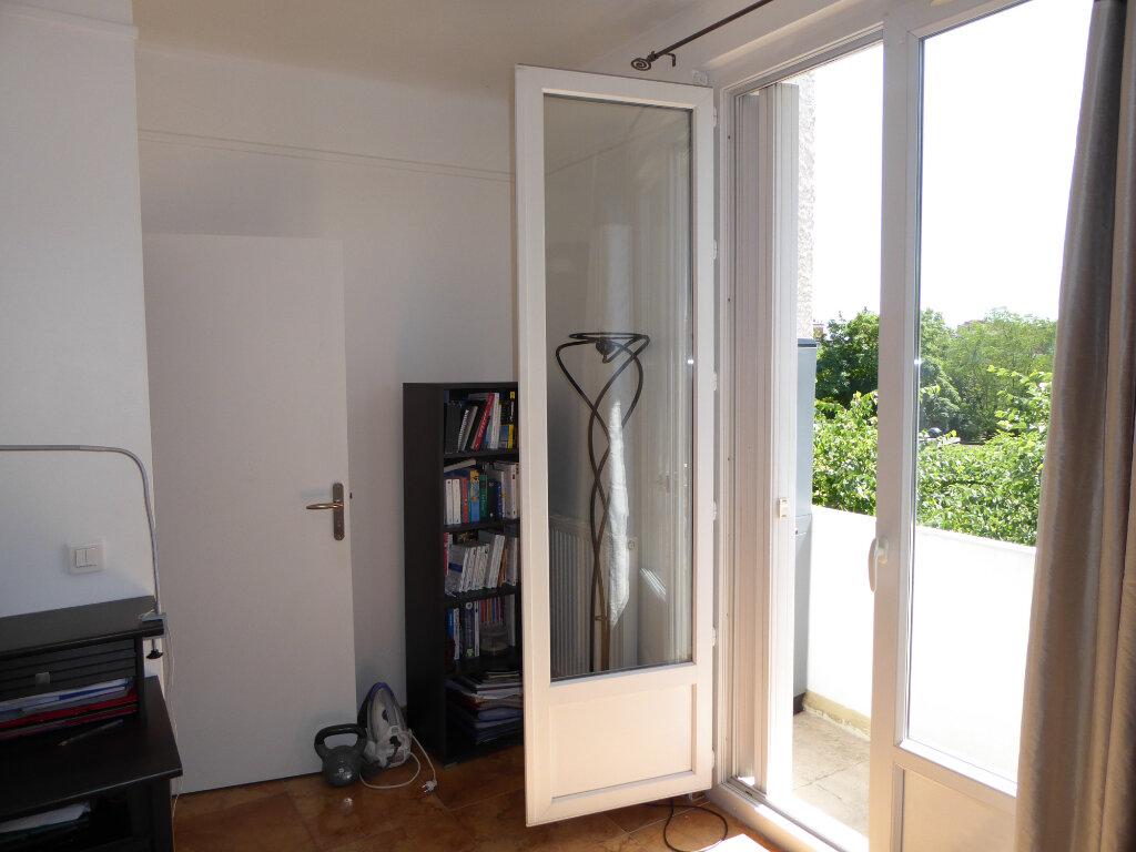 Appartement à vendre 5 95m2 à Champigny-sur-Marne vignette-4